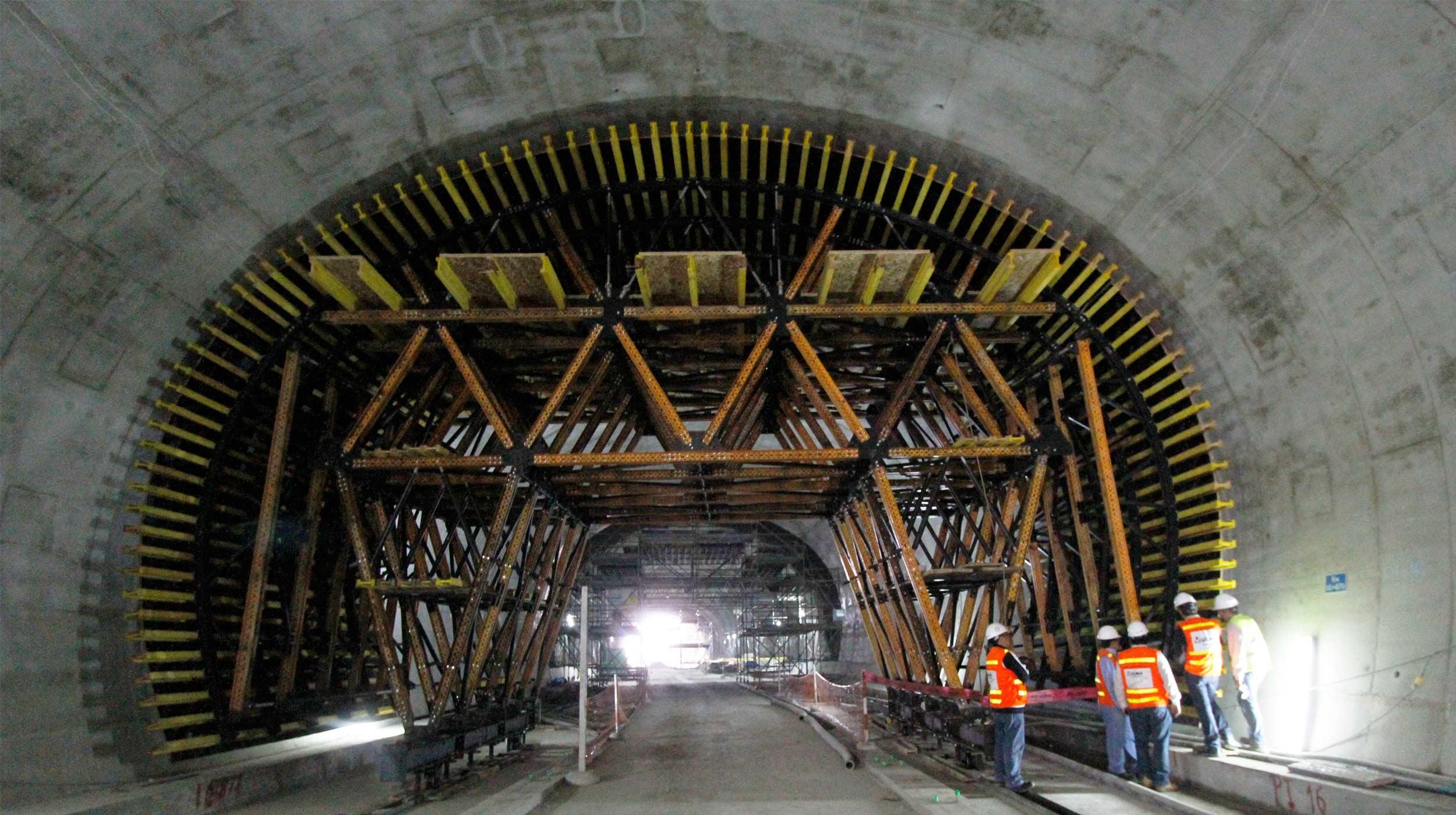 Avec nos chariots MK standards, nous avons construit deux tunnels avec flexibilité, tout en réduisant les coûts pour le client.