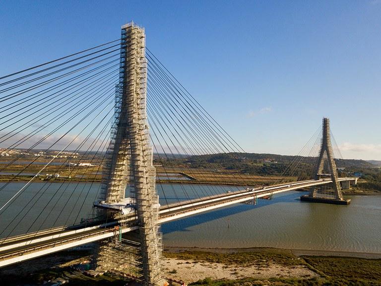 Rénovation du pont international sur le Guadiana